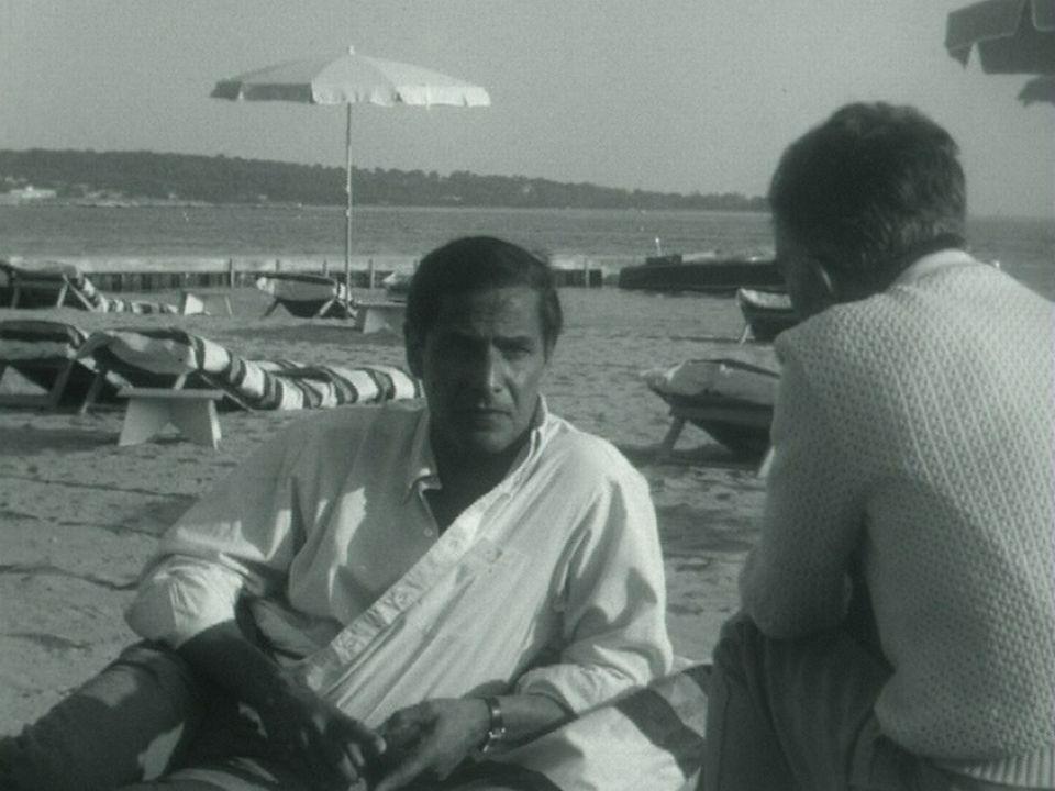 Nico Papatakis présente son film au festival de Cannes 1963. [RTS]