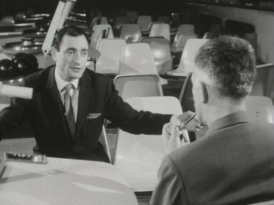 Pierre Etaix dans l'émission Le Cinéma et ses hommes. [RTS]