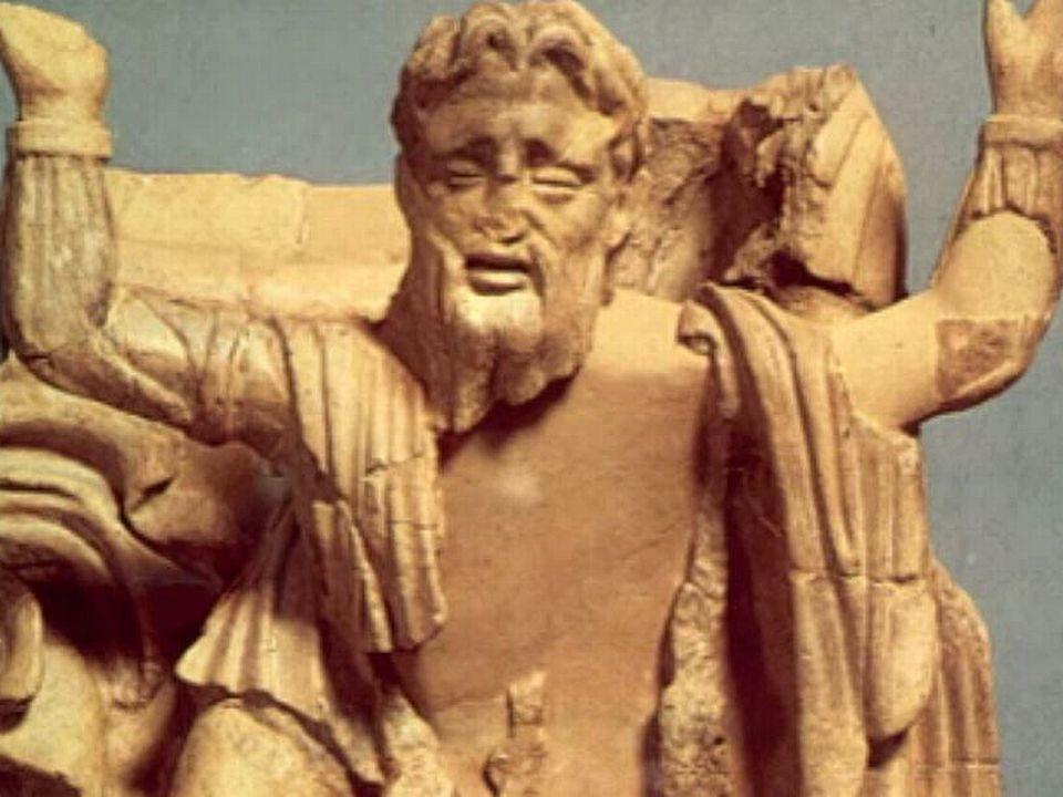 L'oracle avait prédit qu'Oedipe tuerait son père et épouserait sa mère.