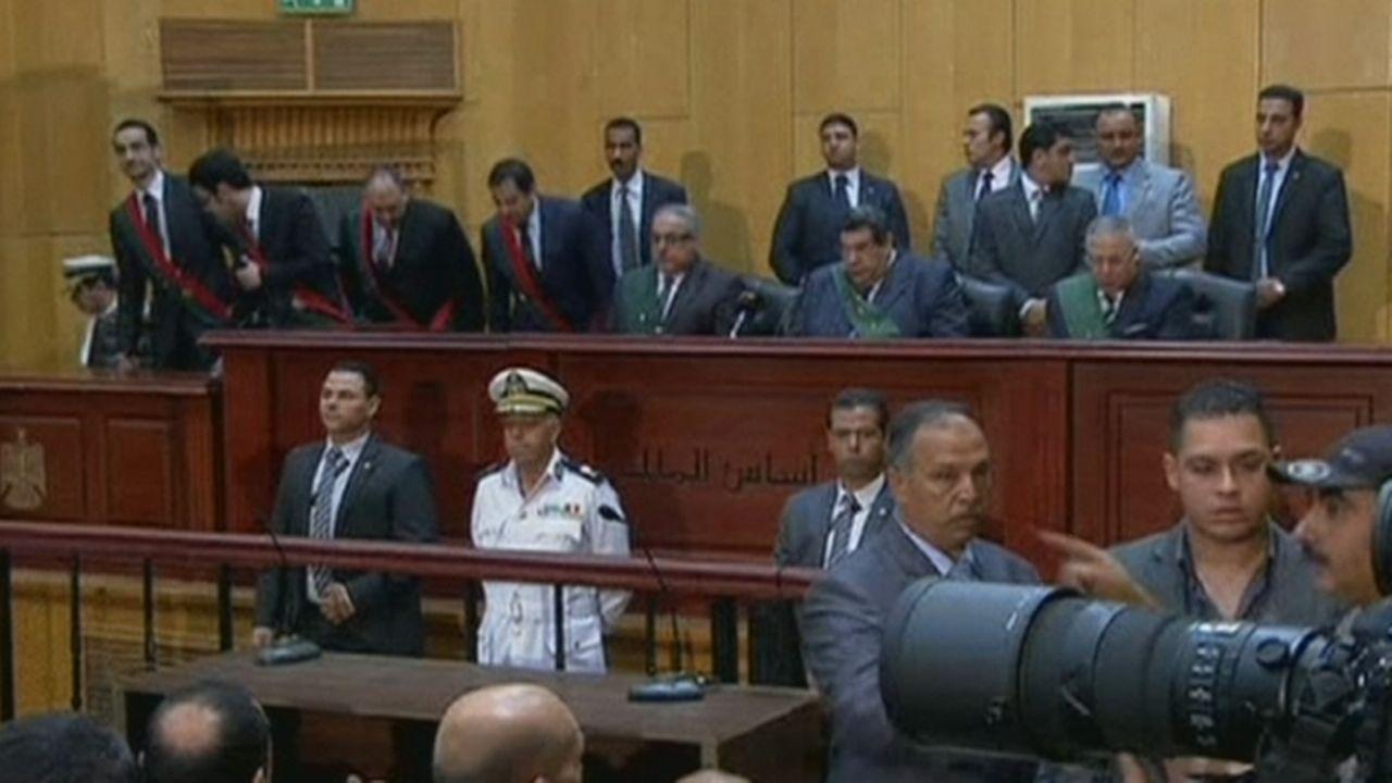 Egypte: Mohamed Morsi, ancien président, est condamné à mort [RTS]