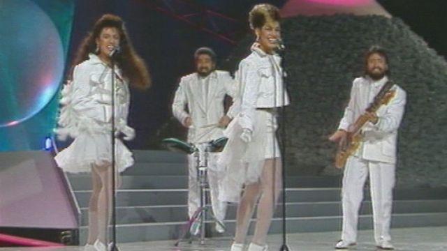 Des participants au Concours de l'Eurovision à la fin des années huitante. [TSR]