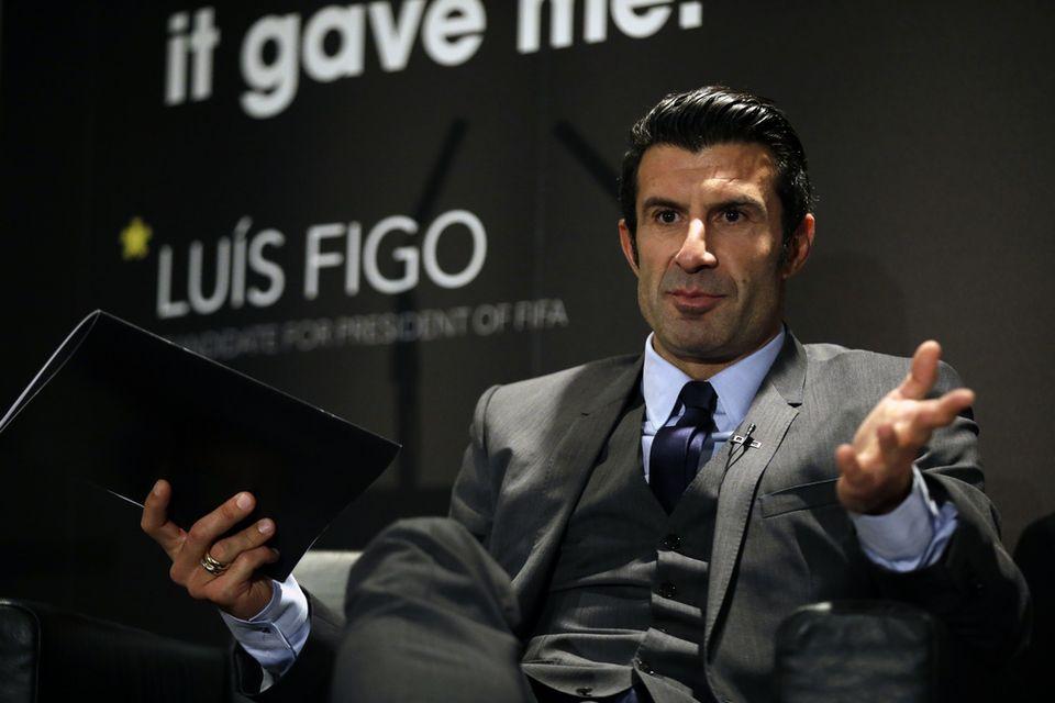 Luis Figo regrette l'absence d'un débat public avant l'élection. [Matt Dunham - Keystone]