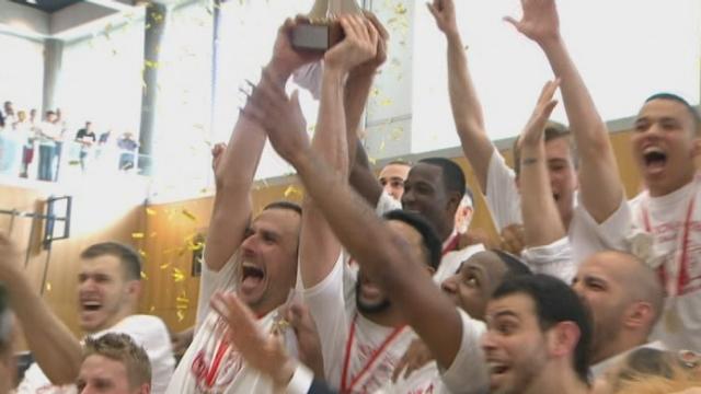 Finale match 5: Lions de Genève - Union Neuchâtel (76-66): Genève reçoit la coupe [RTS]