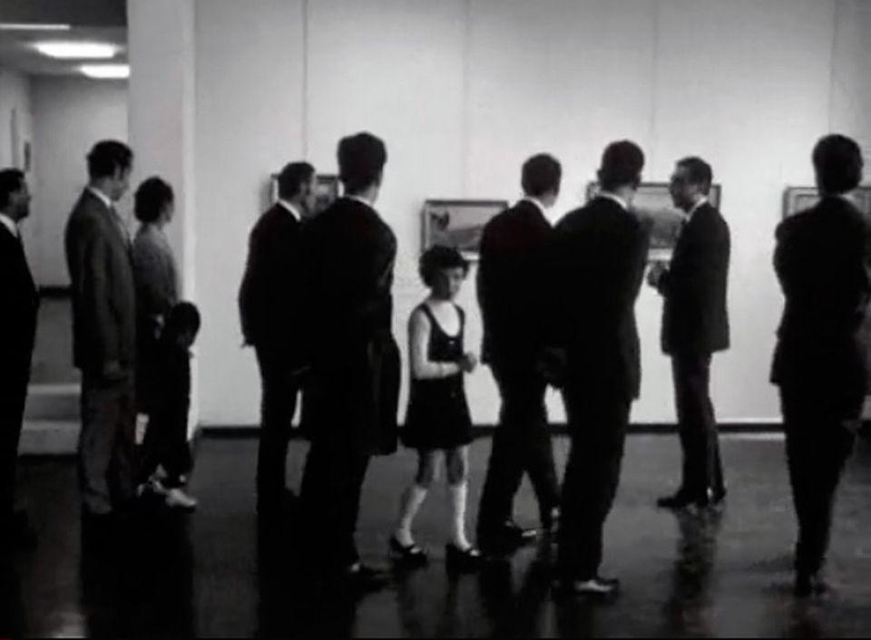 L'accès à la culture: des employés sont invités au musée d'art.