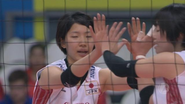 2e demi-finale, Japon – Russie (25-23 25-22). Les Japonaises dominent largement leurs adversaires, qui remontent cependant 9 points de handicap [RTS]