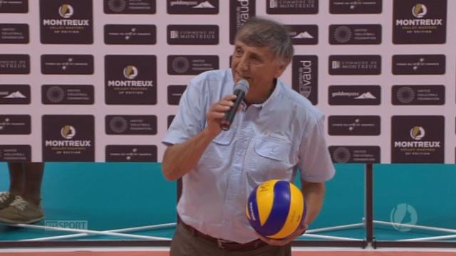 Volley Masters féminin de Montreux. Georges-André Carrel clôt le tournoi [RTS]