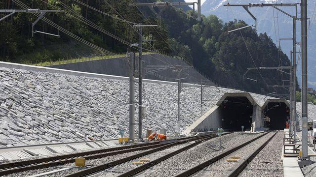 L'ouverture du tunnel de base du Gothard est agendée au 1er juin 2016. [Gaëtan Bally - Keystone]