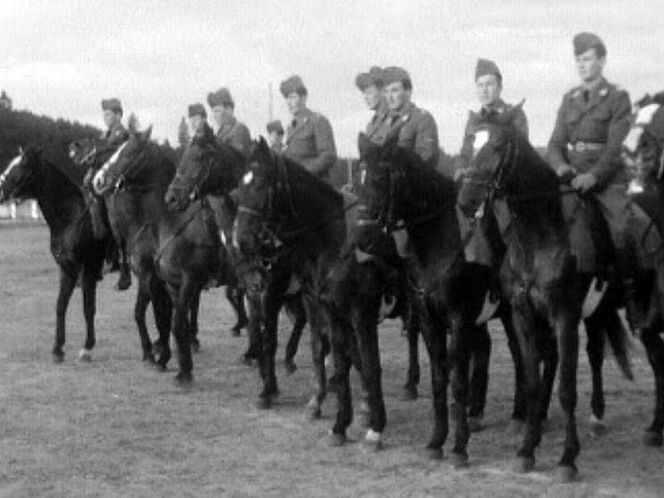 Un régiment de cavalerie teste le nouveau système de tir.