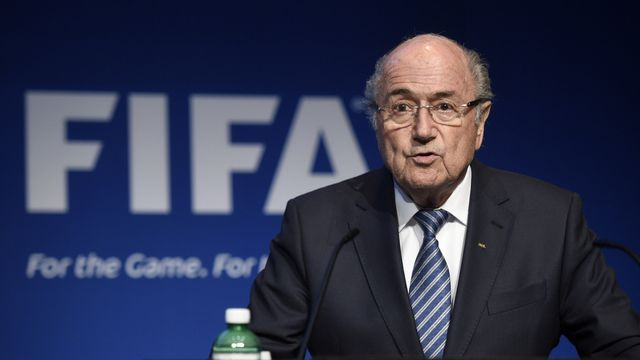 Alors qu'il venait d'être réélu pour un 5e mandat, Sepp Blatter a décidé de démissionner. [Ennio Leanza - Keystone]