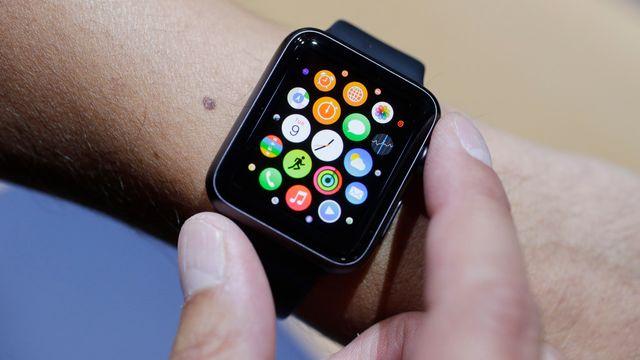 L'Apple Watch arrivera en Suisse le 26 juin 2015. [Marcio Jose Sanchez - AP Photo/Keystone]