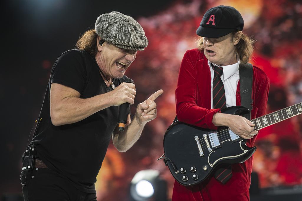 AC/DC - Hell's Bells In Belgium 2009