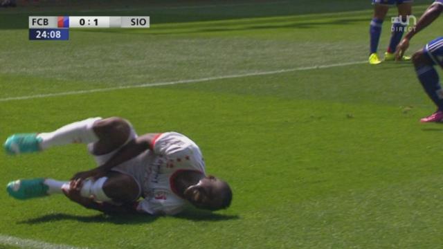 Finale, FC Bâle - FC Sion (0-0): Assifuah s'effondre dans les 16 mètres, mais l'arbitre refuse le penalty [RTS]