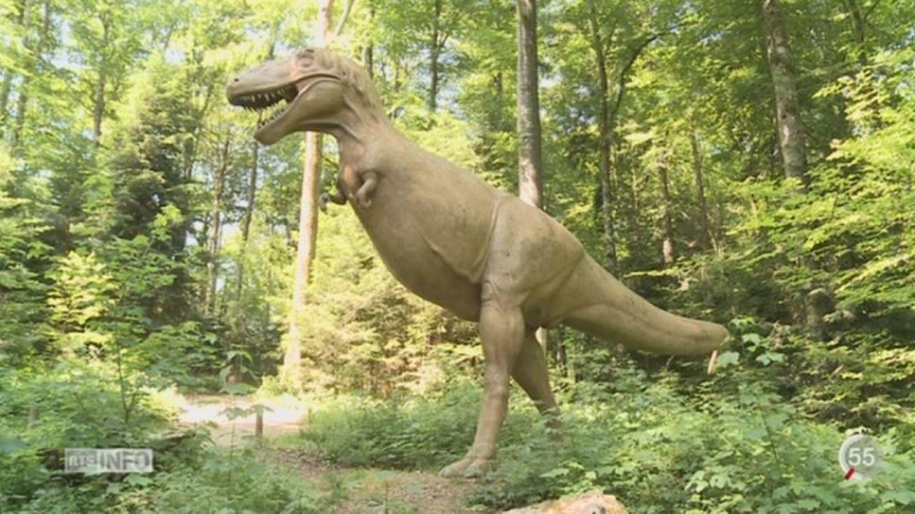 """JU: le nouveau film """"Jurassic World"""" profite au Jurassica Museum [RTS]"""