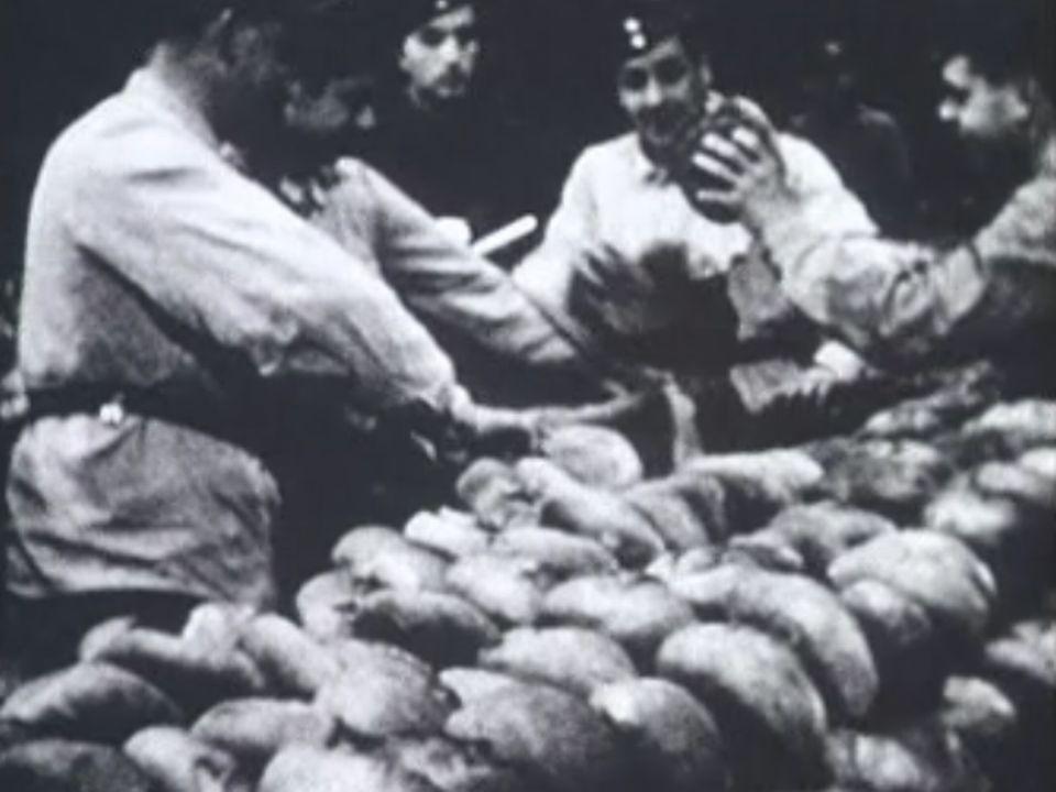 Les boulangers militaires à Lausanne durant la deuxième guerre. [TSR]