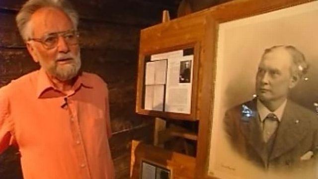 Willy Hofstetter, conservateur du Musée alpin de Zermatt en 2007. [RTS]