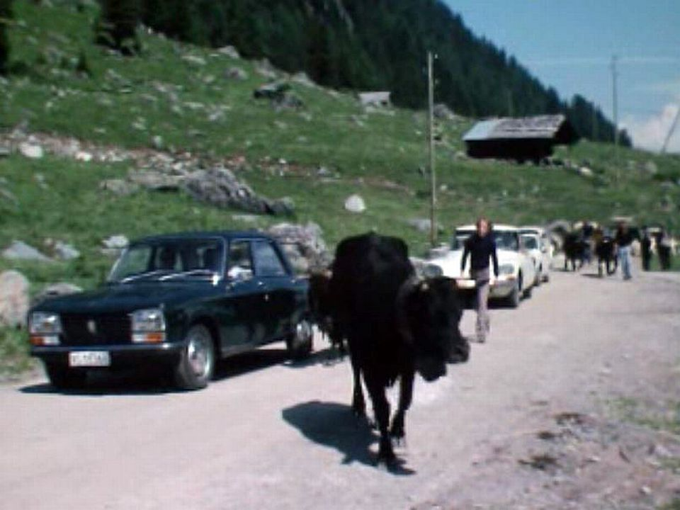 L'essor du tourisme produit un changement brutal dans le village. [RTS]
