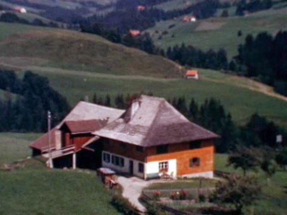 Le village de Cerniat en Gruyère dans le canton de Fribourg.