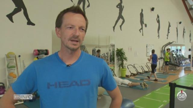 Tennis - Wimbledon: Dimitri Zavialoff, l'entraîneur de Timea Bacsinszky, est sans doute pour beaucoup dans la victoire de la Vaudoise [RTS]