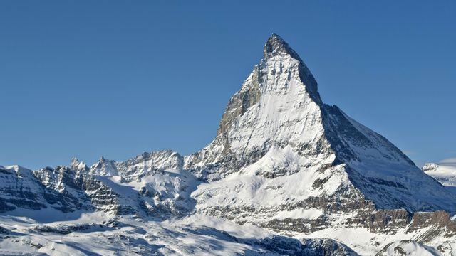 L'ascension du Cervin se termine à 4478 mètres. Mais où commence-t-elle? [© kippis - Fotolia]