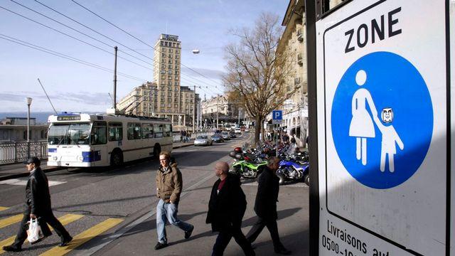 La plupart des villes suisses disposent de rues réservées aux piétons. [Laurent Gilliéron - Keystone]
