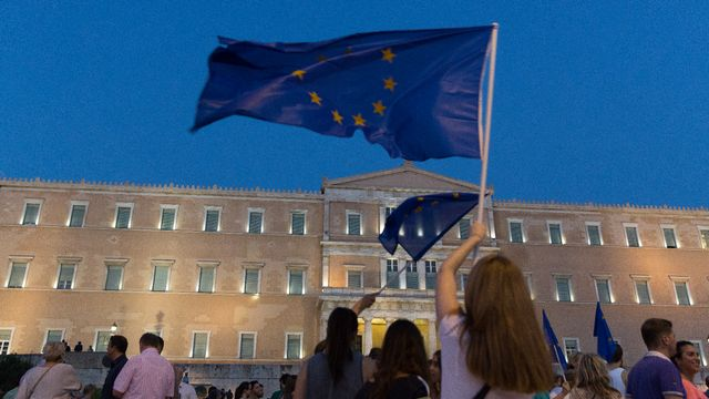 Sur la place Syntagma d'Athènes, des partisans du maintien de la Grèce dans la zone euro, le 9 juillet 2015. [AFP]