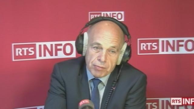 """""""Pas du théâtre"""" (Ueli Maurer, conseiller fédéral UDC, chef du DDPS.) [RTS]"""