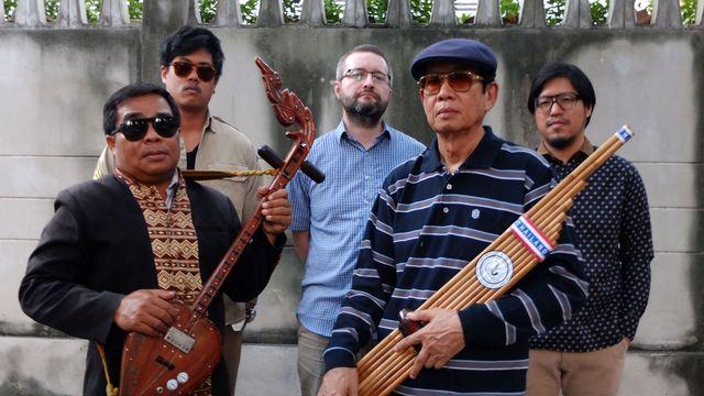 The Paradise Bangkok Molam International Band, programmé au Village du Monde lors du Paléo 2015. [Paléo Festival / 2015]