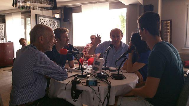Les invités de Charles Sigel au Festival de Verbier le 24 juillet 2015: Jonathan Reith, Gábor Takács-Nagy, Câline Yamakawa et Victor Mariétan. [Géraldine Ulrich - RTS]