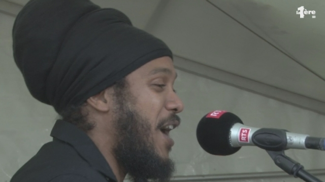 Yaniss Odua en showcase dans Paradiso [RTS]