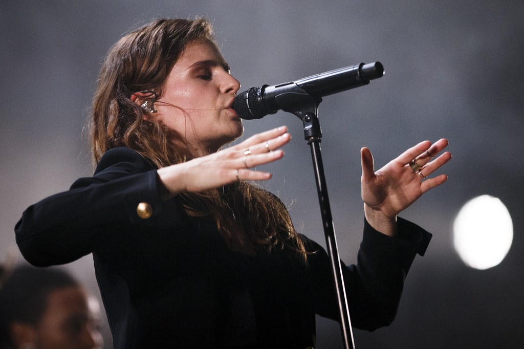 Christine and the Queens lors de son concert à Paléo.