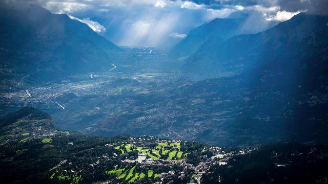 Les mesures prises pour réduire la pollution des transports, du chauffage et de l'industrie ont eu les effets escomptés en Valais. [Olivier Maire - Keystone]