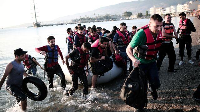L'île grecque de Kos, notamment, est débordée par l'afflux de migrants. [ANGELOS TZORTZINIS - AFP]