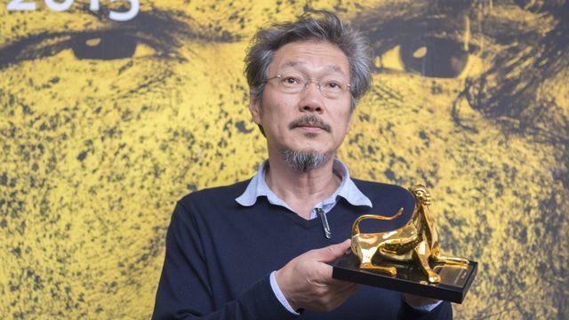 Le réalisateur sud-coréen Hong Sangsoo a reçu le Léopard d'or du 68e festival de Locarno. [Urs Flueeler - Keystone]