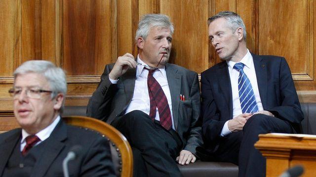 Les deux candidats bernois sortants, Hans Stöckli (à gauche) et Werner Luginbühl (à droite), se représentent pour le Conseil des Etats. [Keystone]