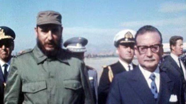 Le président chilien Salvador Allende reçoit Fidel Castro.