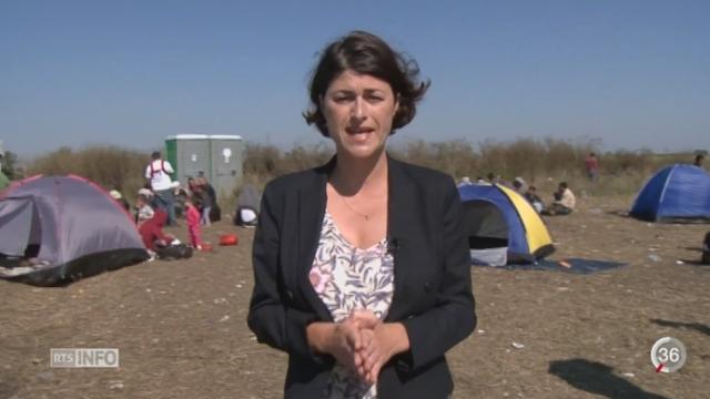 Crise des migrants: le point avec Anne Maillet depuis Röszke (Hongrie) [RTS]