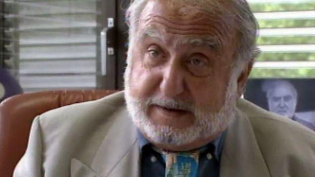 Nicolas Hayek s'implique pour sauver le projet contesté d'Expo01.