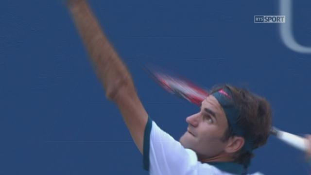 1er tour. Leonardo Mayer (ARG) – Roger Federer (SUI-2) (1-6 2-6). Un dernier jeu de 2e set spectaculaire et Federer mène 2 manches à rien en 52 minutes [RTS]