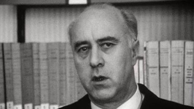 Interview du Professeur Ehrard sur la sociologie en 1968. [RTS]