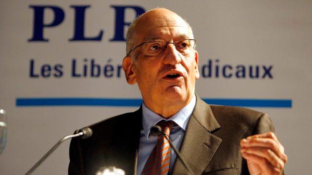 Le conseiller fédéral Pascal Couchepin devant le PLR en 2009. [Urs Fueeler - Keystone]