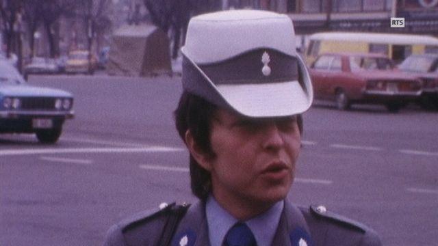 Agente de police à Genève en 1976. [RTS]