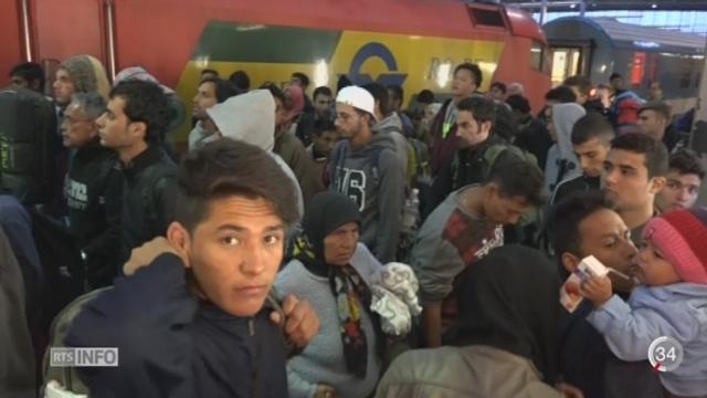 Allemagne: Munich peine à prendre en charge tous les réfugiés qui arrivent chaque jour par train [RTS]