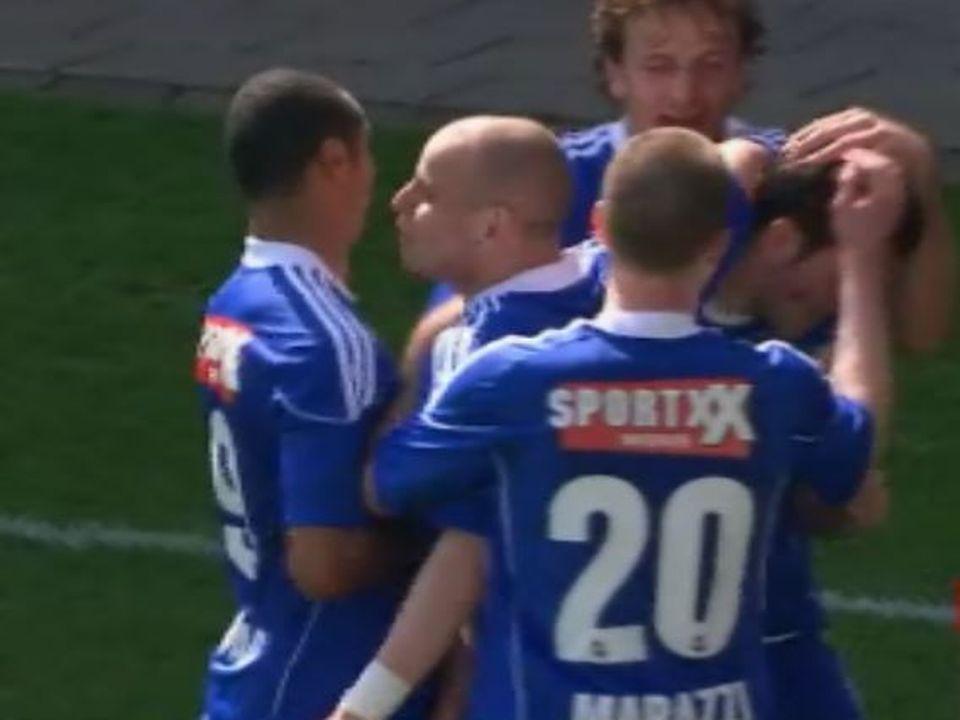 Joie des footballeurs du FC Lausanne-Sport en demi-finale de coupe en 2010. [RTS]