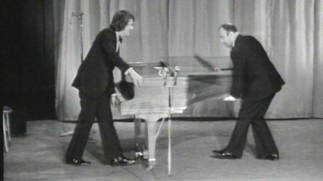Fernand Raynaud et Alain Morisod au Casino Théâtre en 1972. [RTS]