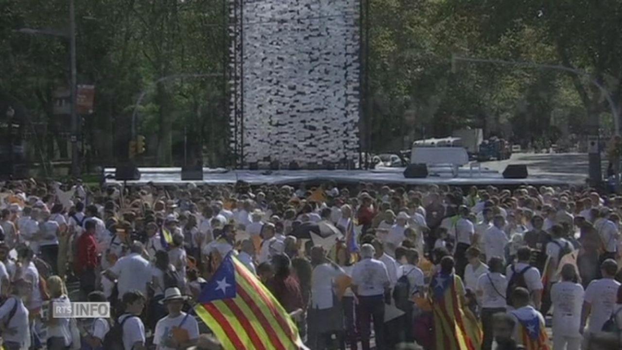 Des centaines de milliers d independantistes catalans dans les rues [RTS]
