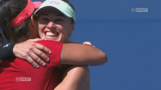 Finale double dames. Hingis-Mirza (1) - Dellacqua-Shvedova (4). (6-3 6-3). De 30-40 à la victoire finale, le 20e titre de Grand Chelem de Martina Hingis [RTS]