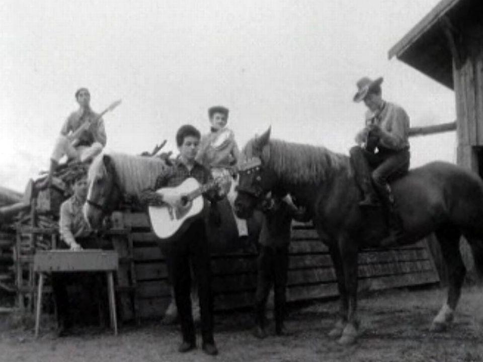 L'ancêtre du clip musical avec le groupe Les Aiglons.