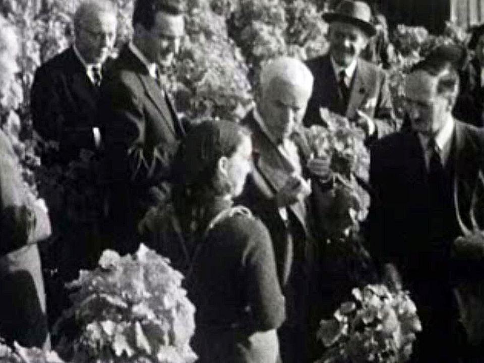 Charlie Chaplin: un moment de dégustation du raisin du Lavaux.