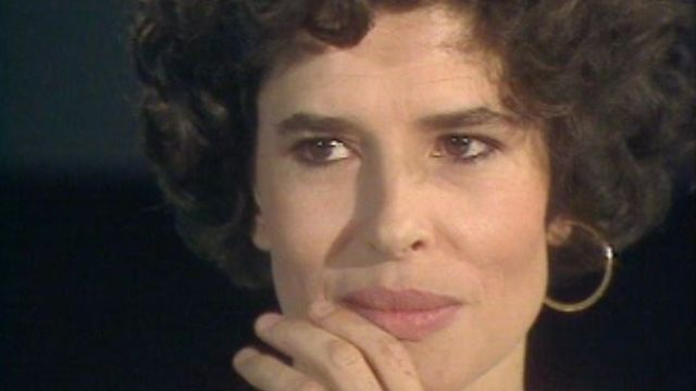 L'actrice Fanny Ardant sur le plateau de Spécial Cinéma en 1989. [RTS]