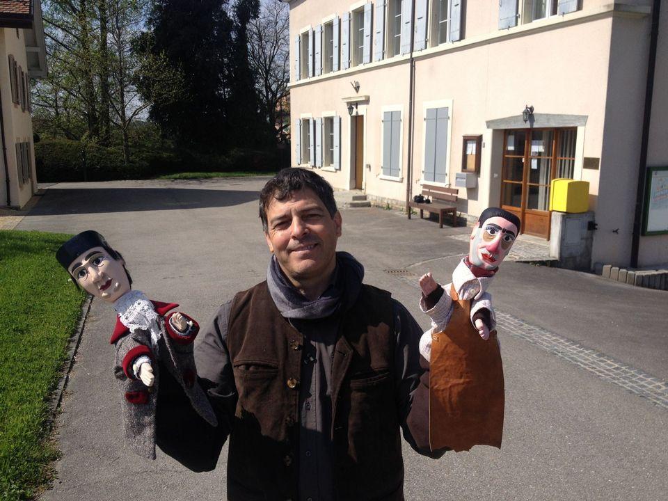 Bruno Prin et ses nouvelles marionnettes. [Valérie Teuscher - RTS]